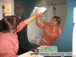 南京建鄴區奧體新城科技園附近保潔公司專業擦玻璃室內裝潢開荒保潔日常打掃